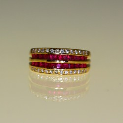 bague rubis calibrés diamants