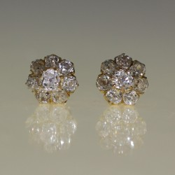 Clous d'oreilles diamants 190-1910